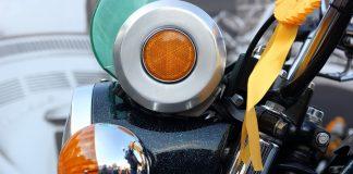 Mode d'emploi : Les éléments électriques d'un scooter